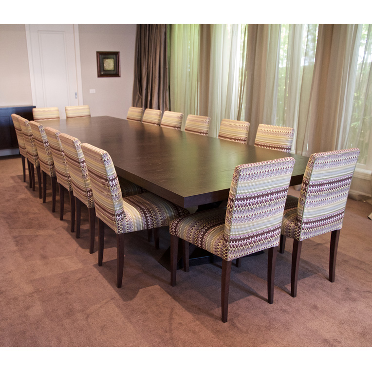 16 seat dining table